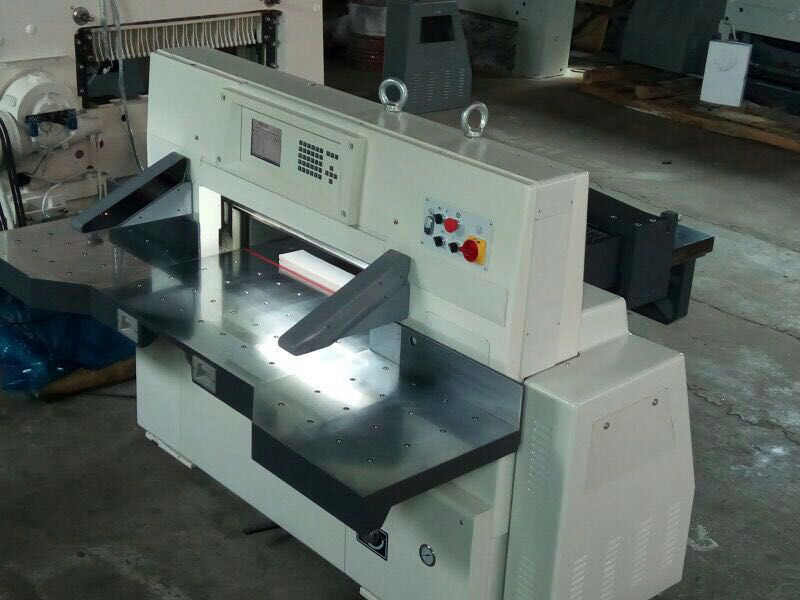 Exercise Book/Notebook/Magazine Book Cutting Machine