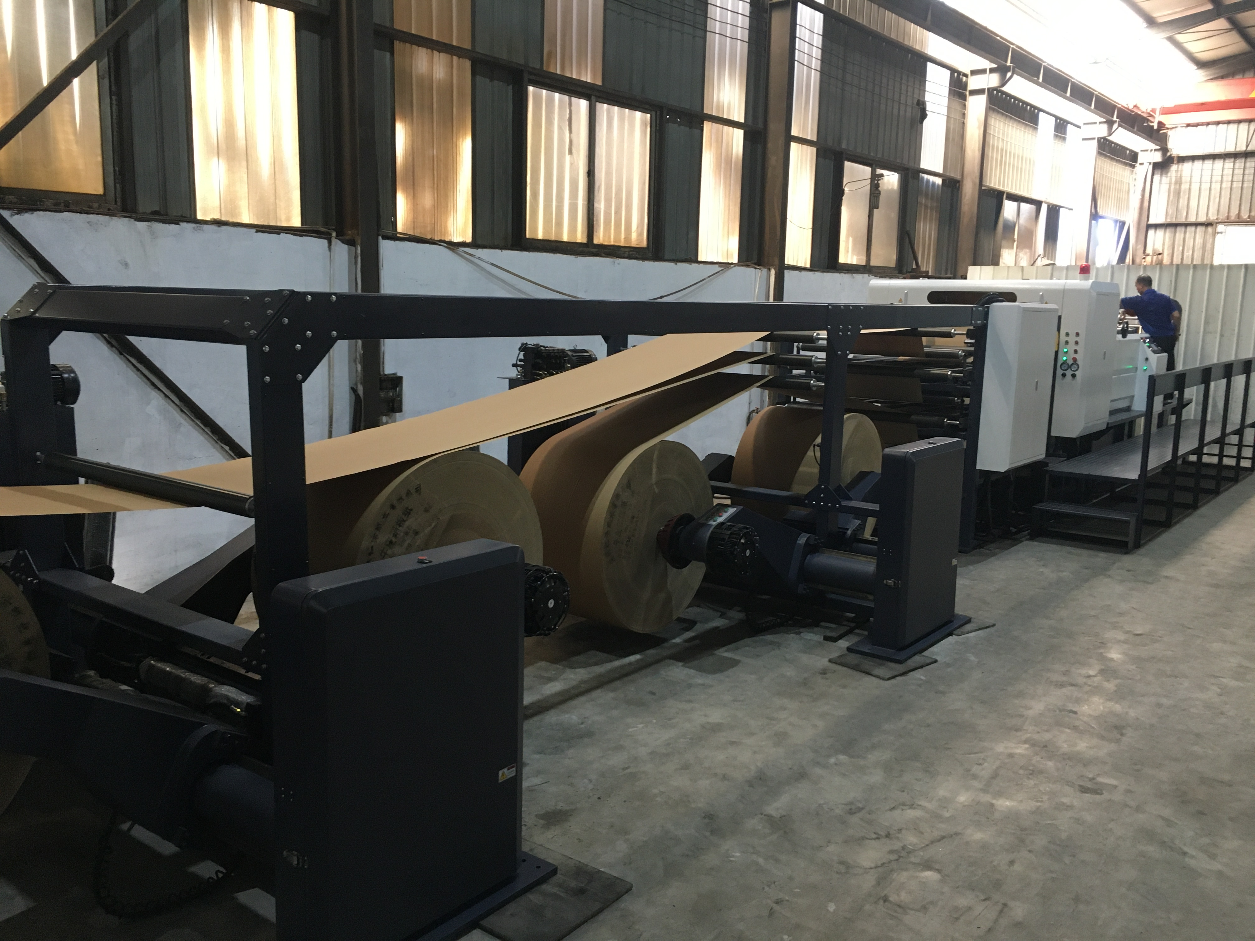 Rotary To Sheet Paper Sheeting Machine For Cardboard, Grey Board, Paperboard, Craft Paper.